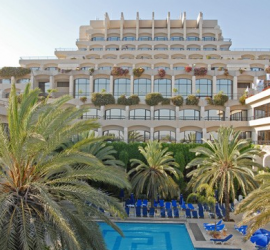 Isareli_Hotel